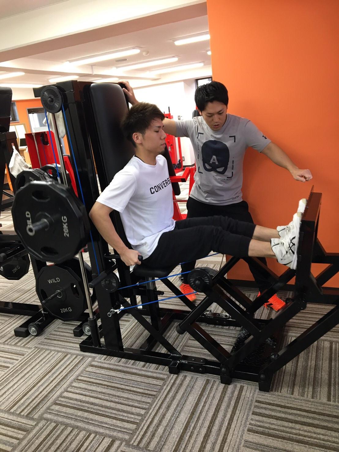 20代男性、姿勢改善と筋力アップ!
