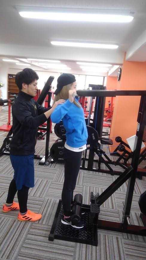 トレーニングで姿勢改善